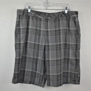 O'Neill Gray& Black Plaid Shorts Sz 36